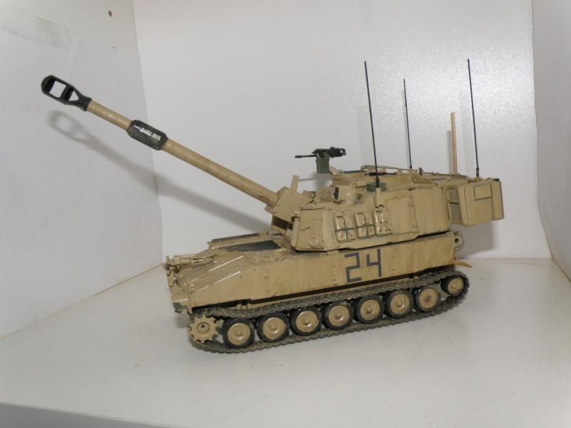 M109A6 Paladin P2050013