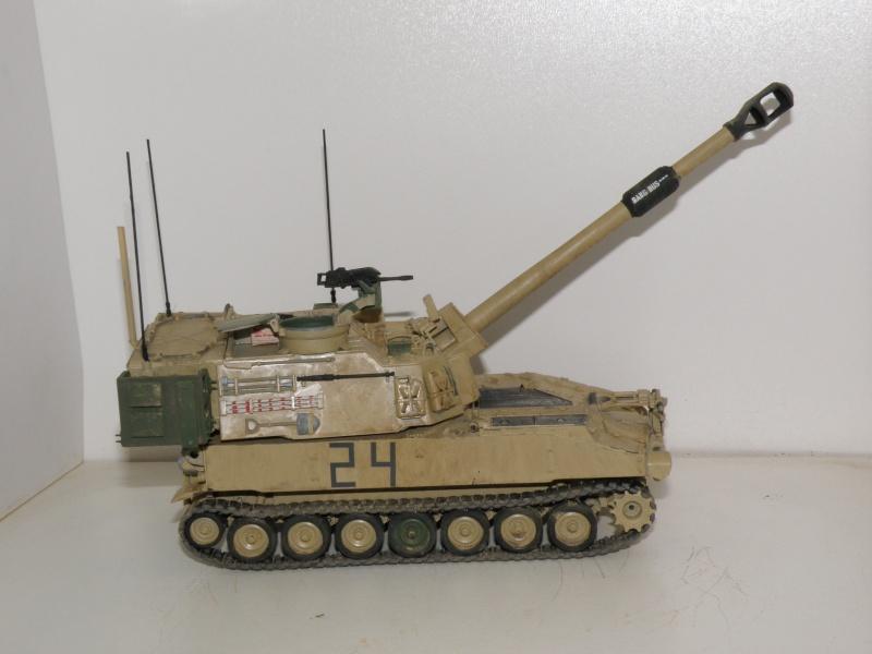 M109A6 Paladin P2050017