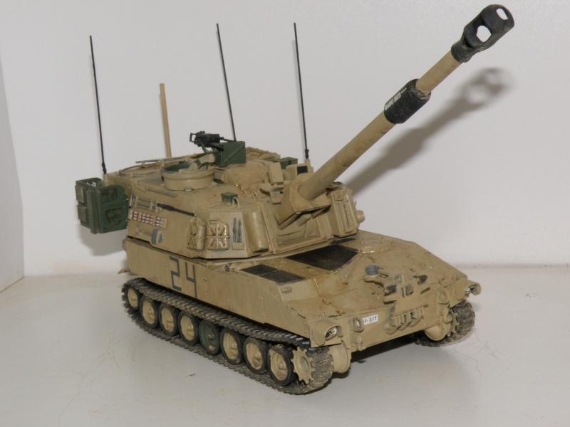 M109A6 Paladin P2050018