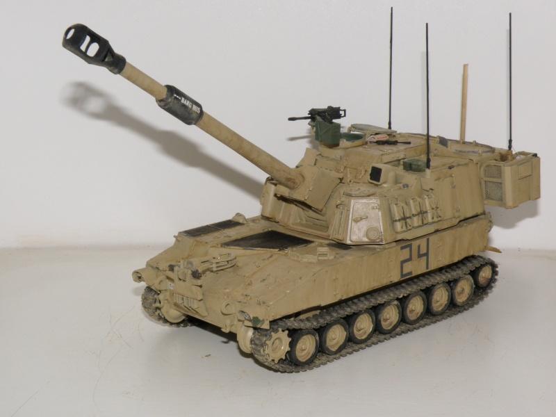 M109A6 Paladin P2050019