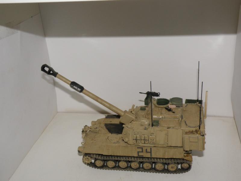 M109A6 Paladin P2050020