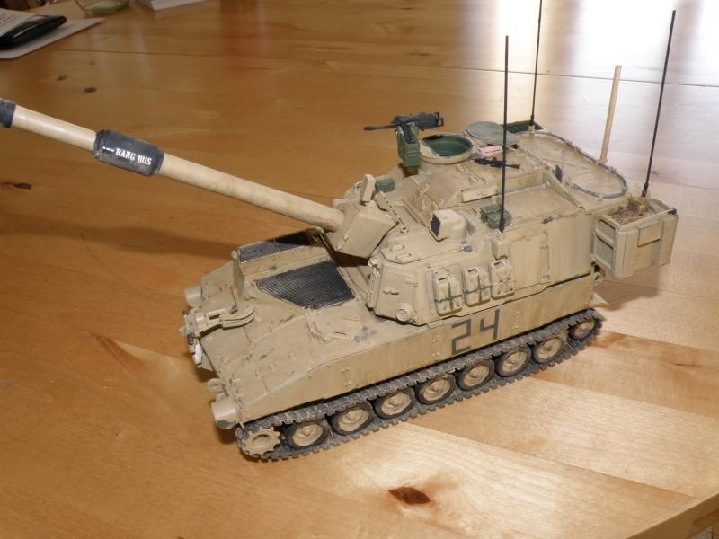 M109A6 Paladin P2050023