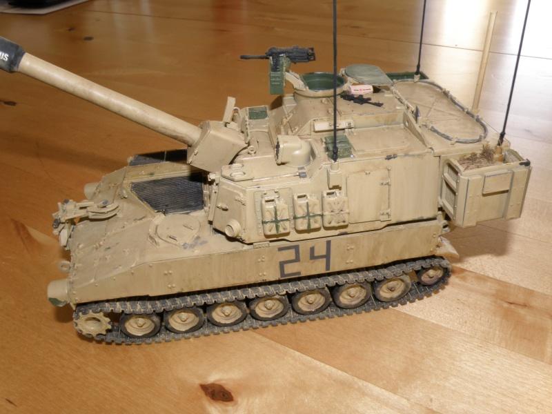 M109A6 Paladin P2050025