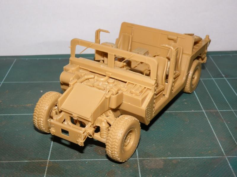 M1114 BRONCO 1/35 Pc100011
