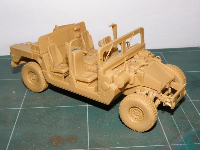 M1114 BRONCO 1/35 Pc100012