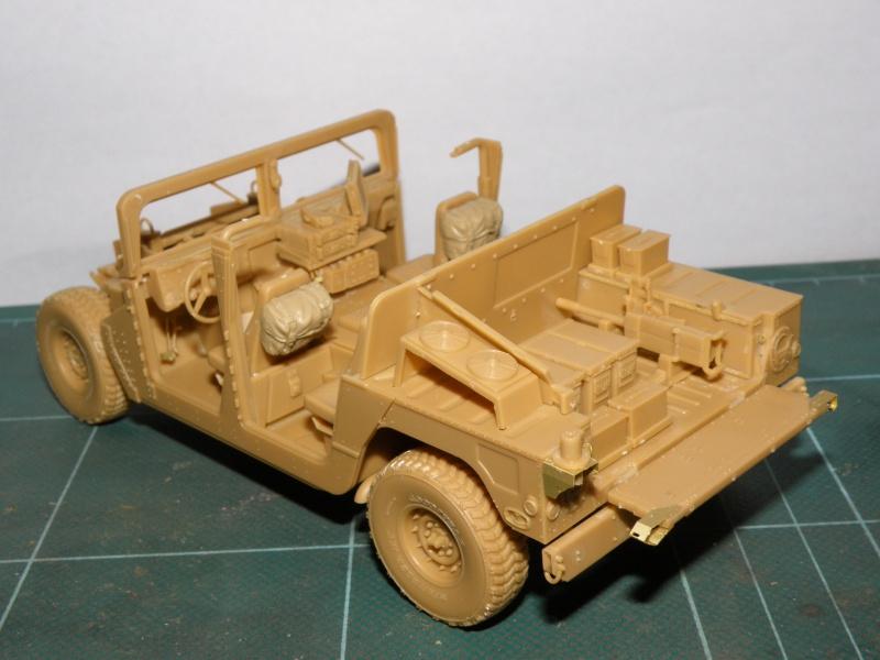 M1114 BRONCO 1/35 Pc100014