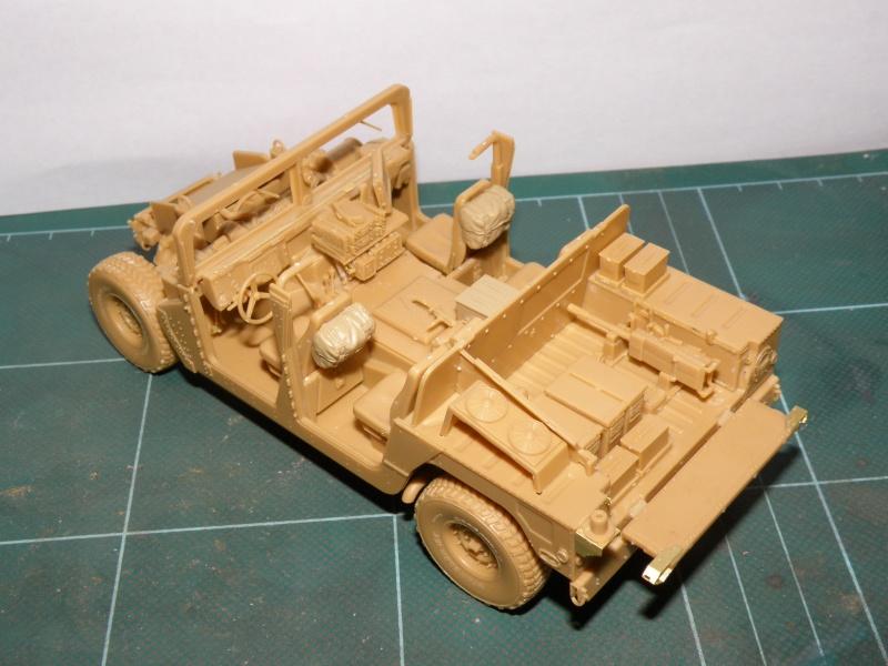 M1114 BRONCO 1/35 Pc100015
