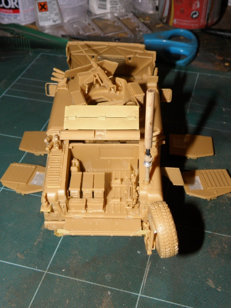 M1114 BRONCO 1/35 Pc140013