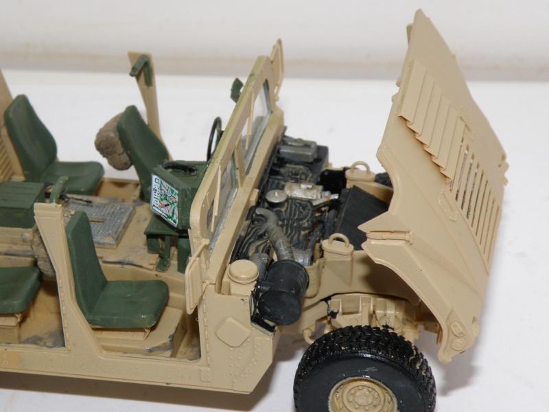 M1114 BRONCO 1/35 - Page 2 Pc160015