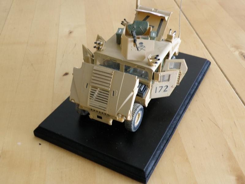 M1114 BRONCO 1/35 - Page 2 Pc200013