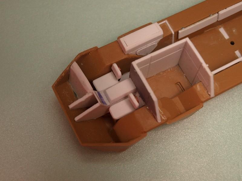 VAB 4x4  [HELLER 1/72]  ---  Montage terminé P1012711