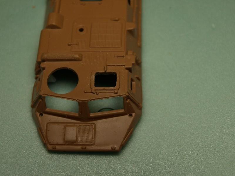 VAB 4x4  [HELLER 1/72]  ---  Montage terminé P1012724