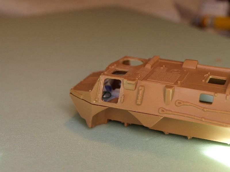 VAB 4x4  [HELLER 1/72]  ---  Montage terminé P1012728