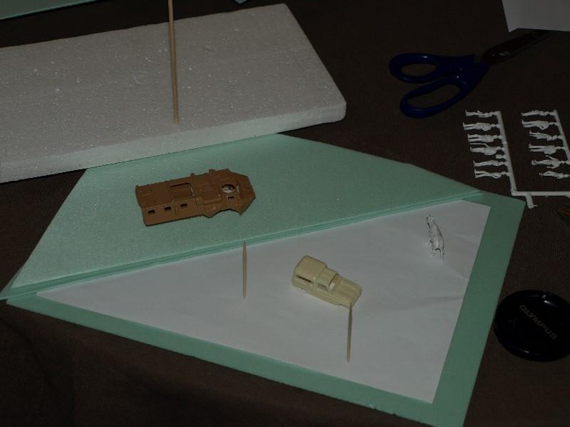 Construction d'un diorama : une route de campagne. C'est fini. P1016119