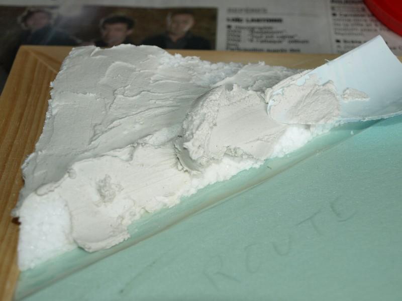 Construction d'un diorama : une route de campagne. C'est fini. P1016213