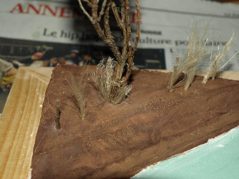 Construction d'un diorama : une route de campagne. C'est fini. P1016226