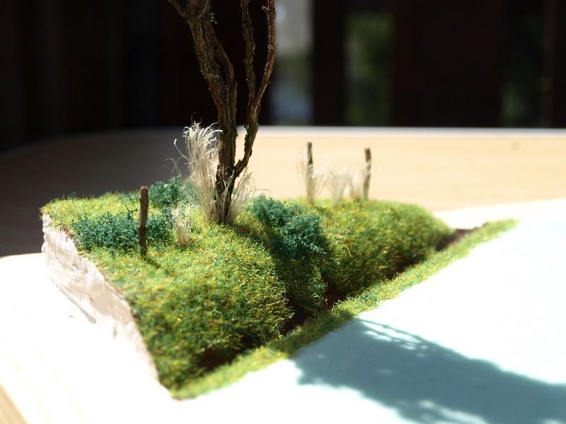 Construction d'un diorama : une route de campagne. C'est fini. - Page 2 P1016235