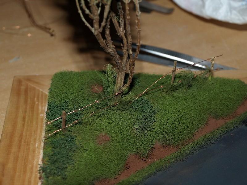 Construction d'un diorama : une route de campagne. C'est fini. - Page 2 P1016427