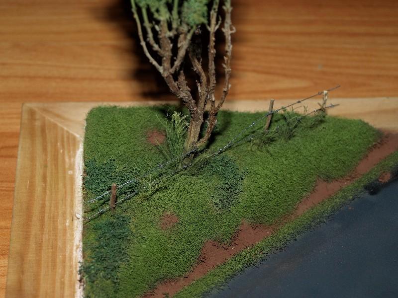 Construction d'un diorama : une route de campagne. C'est fini. - Page 2 P1016429