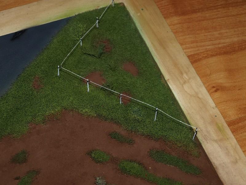 Construction d'un diorama : une route de campagne. C'est fini. - Page 2 P1016433