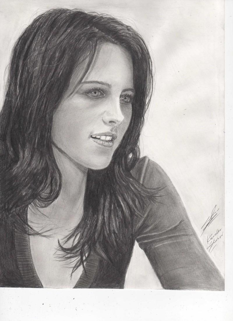 Kristen Stewart (brune :p) Img10310