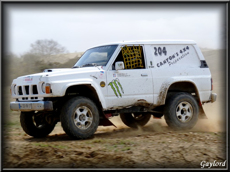 Rch' photos, vidéo, N°204. VIAUD. Patrol GR Blanc Monster. Copie219