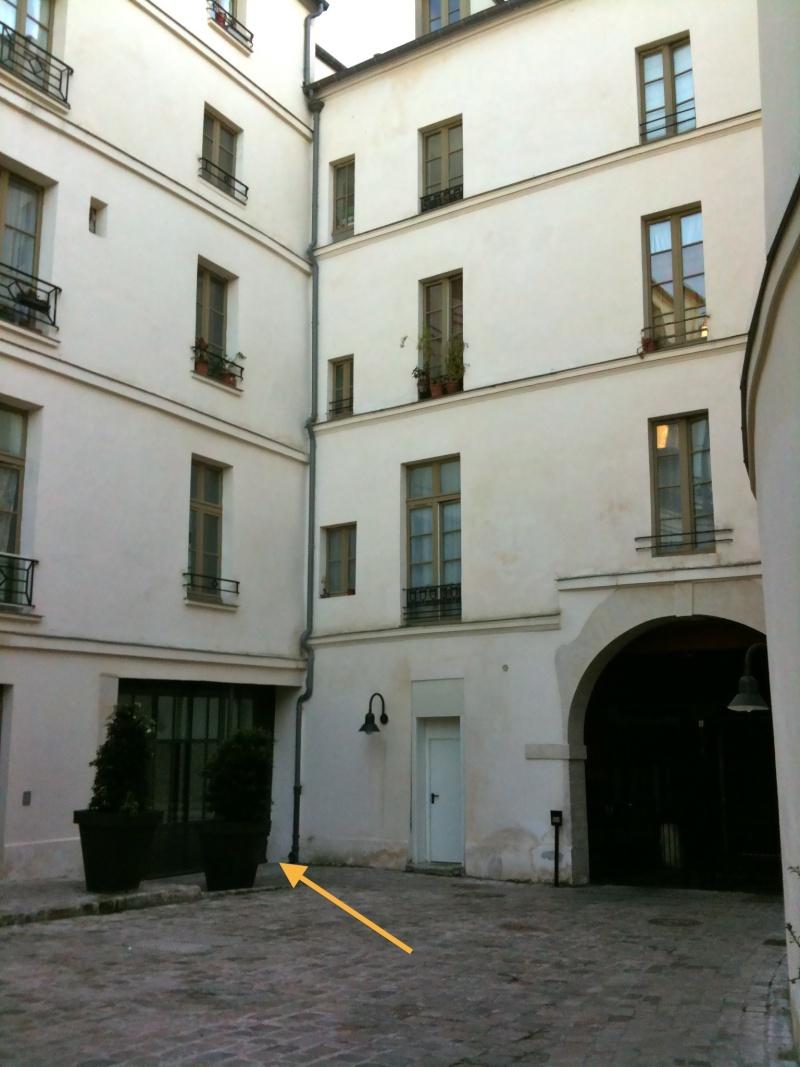 A Paris, chez La Motte et Cagliostro - Page 4 Img_1424