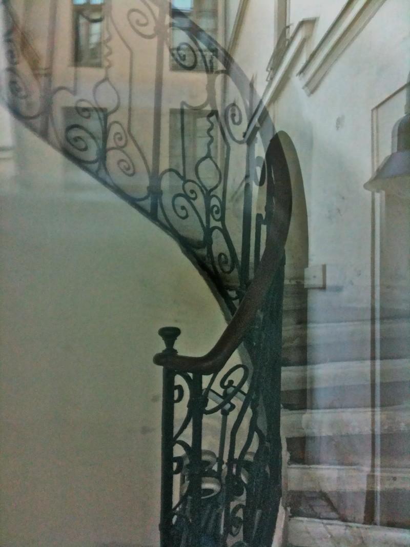 A Paris, chez La Motte et Cagliostro - Page 4 Img_1425