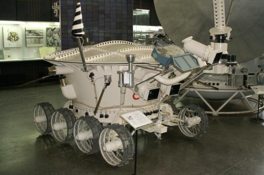 Lunokhod 1 530x_110