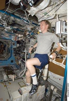 ISS - Activités sportives Astron13
