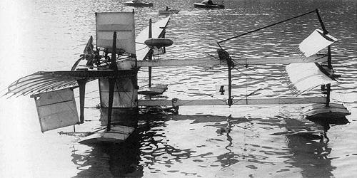 28 mars 1910 - Premier vol en hydravion Canard10