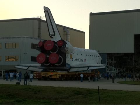 [STS-134] Endeavour : Préparatifs lancement le 29/04/2011 - Page 10 Endeav10