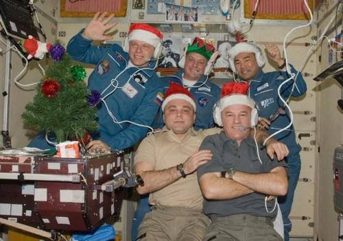comment passe-t-on Noel dans l'Espace? Expedi10