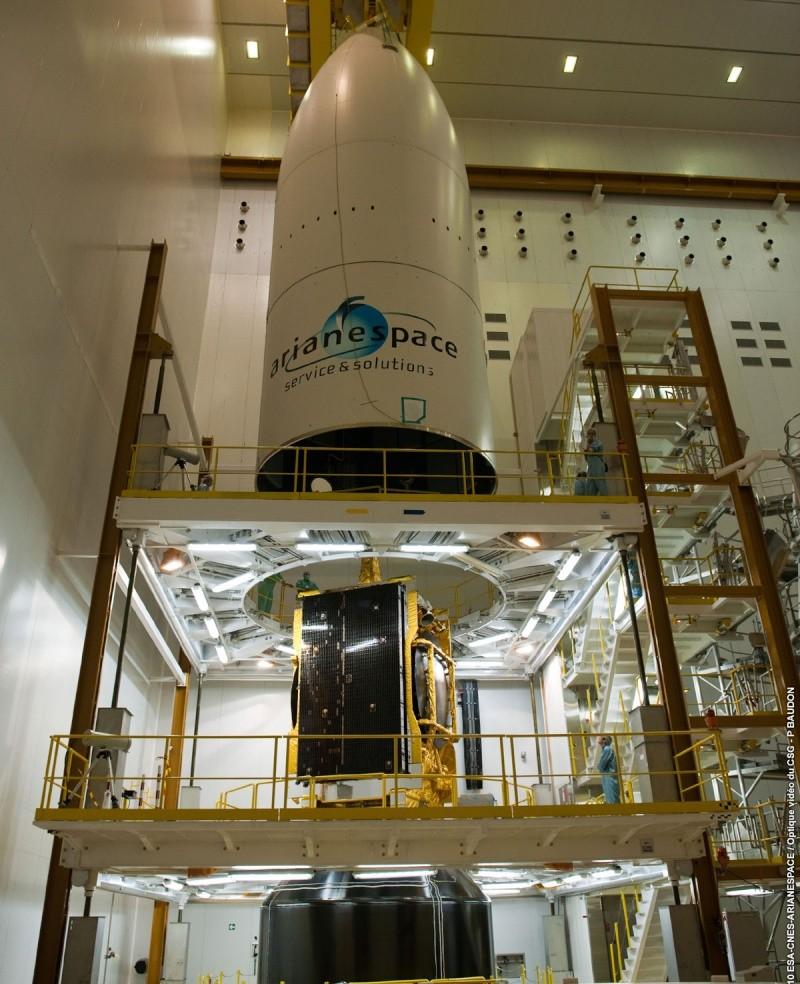 Ariane 5 ECA V195 : Arabsat 5A + COMS 1 (26/06/2010) - Page 2 Integr10