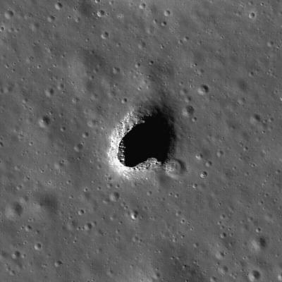 La face cachée de la Lune - Page 3 Lro_1010