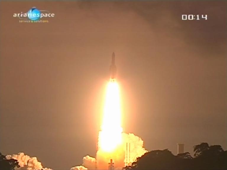 Ariane 5 ECA V195 : Arabsat 5A + COMS 1 (26/06/2010) - Page 11 V195_510