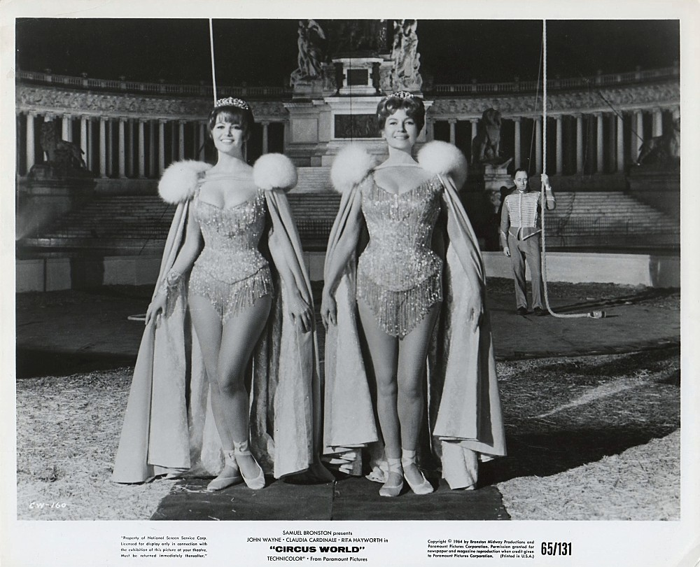 Le Plus Grand Cirque du Monde - Circus World - 1964  - Page 2 A_duk321