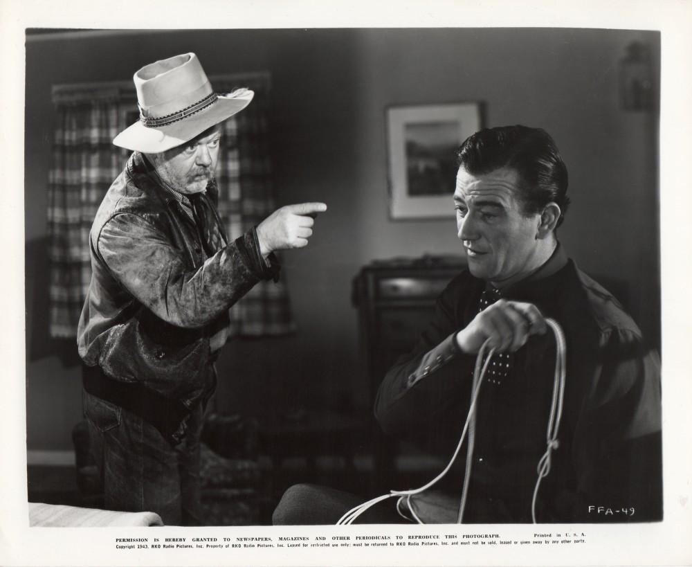 La Fille et son Cowboy - A Lady Takes A Chance - 1943 Duke_480