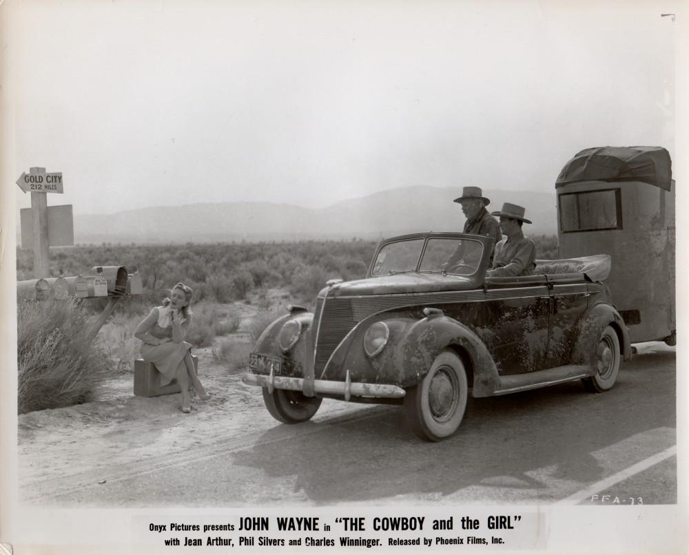 La Fille et son Cowboy - A Lady Takes A Chance - 1943 Wayne353