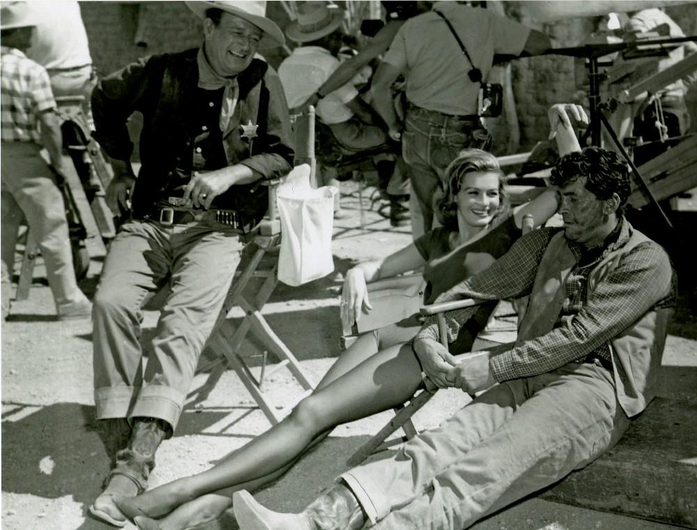 Rio Bravo - 1959 - Page 2 Wayne567