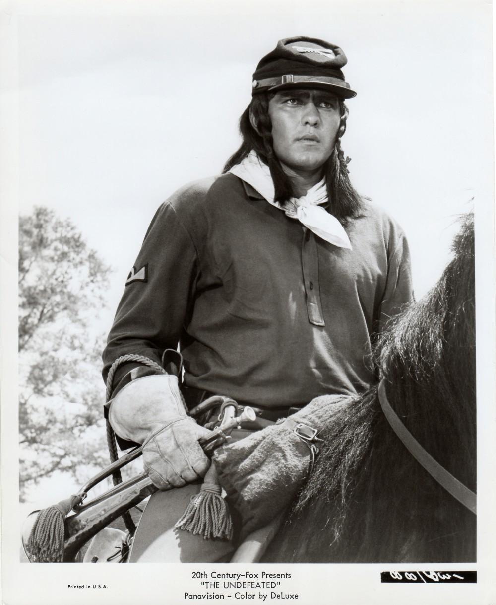 Les Géants de l'Ouest - The Undefeated - 1969 Wayne985