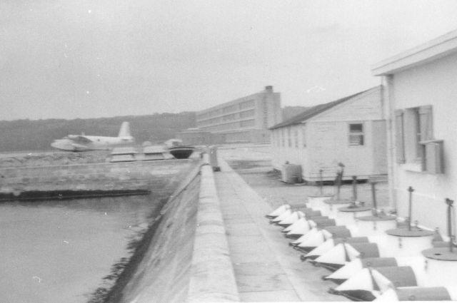 [Divers écoles de spécialité] L'école navale et le groupe des écoles du Poulmic - Page 2 L_ecol10