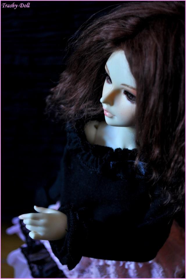Célia and flowers [Ange Ai Uri Custom House]Bas p.n°2 Candic11