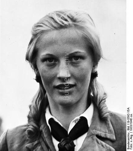 Le IIIe Reich et les Femmes... Bdm_gi10
