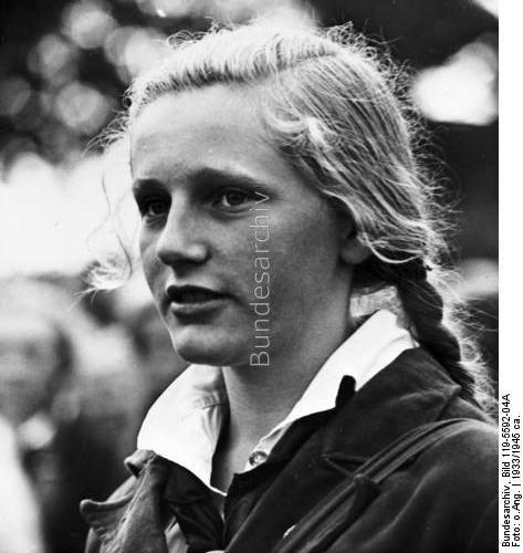 Le IIIe Reich et les Femmes... Bdm_gi11