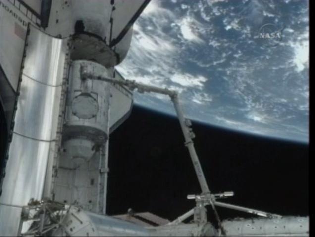 [STS-130] Endeavour : fil dédié au suivi de l'EVA#1 Behnken & Patricks - Page 2 Captur10