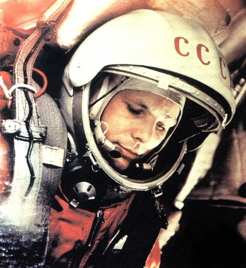 50 ème anniversaire Vol Gagarine - Page 5 Gagari10