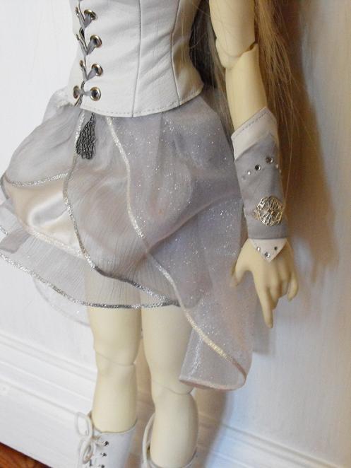 La couture de Linn: t-shirt imprimé, tenue PKF asiatique p.2 00410