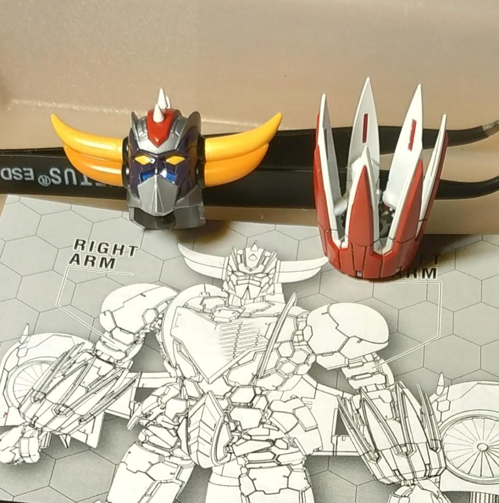 Le topic des Gunplas et autres maquettes à assembler - Page 39 Img_2011