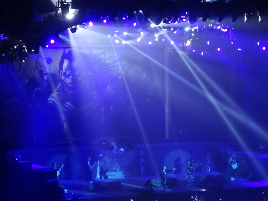 IRON MAIDEN : Paris, AccorHotels Arena, 6/7/18 Dsc03010